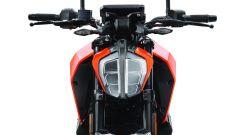 KTM 390 Duke: il fanale anteriore monta ora diodi led