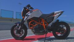 KTM 690 Duke R - Immagine: 8