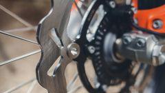 KTM 690 Enduro R 2019: la dual purpose messa alla prova - Immagine: 13