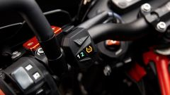 KTM 690 SMC R 2019: torna il motard austriaco. Prova su strada - Immagine: 12