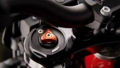KTM 690 SMC R 2019: torna il motard austriaco. Prova su strada - Immagine: 18