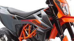 KTM 690 SMC R 2021: traversi da paura col nuovo impianto Brembo - Immagine: 9