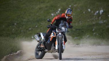 KTM 790 Adventure R Rally in azione