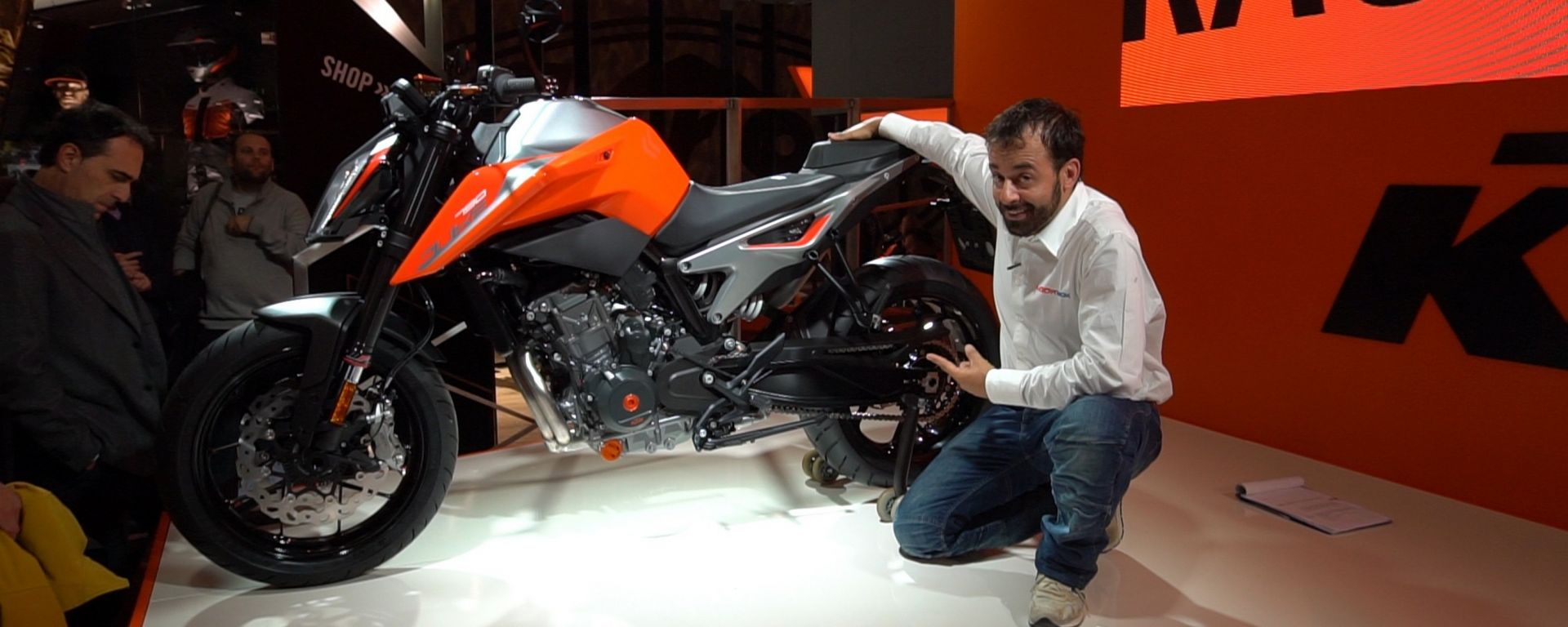 KTM 790 Duke: a Eicma 2017 diventa realtà [VIDEO]