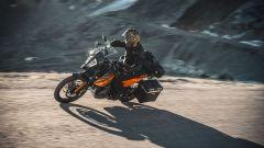 KTM 890 Adventure 2021: sospensioni WP Apex da 200 mm di escursione
