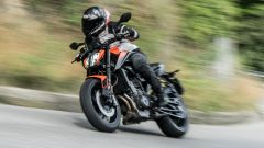 * KTM 890 Duke 2021: prova video, recensione, prezzo