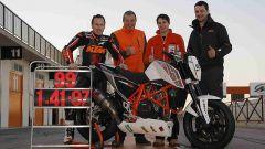 KTM: la 690 Duke Trofeo in pista a Cartagena - Immagine: 2