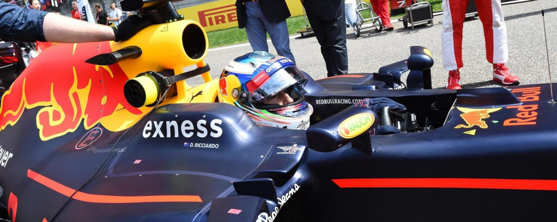La Red Bull vede Rosso, Ferrari avvisata