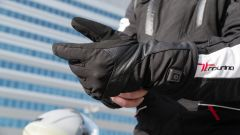 Sym Maxsym TL VS Kymco AK 550: sfida al re dei maxi scooter sportivi - Immagine: 23