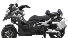 Kymco CV3 2020: multi fit con sella del passeggero e borse