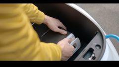 Kymco Ionex: lo scooter elettrico cambia sistema - Immagine: 5