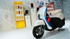 Kymco Ionex: lo scooter elettrico cambia sistema - Immagine: 6