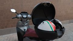 Kymco People S 300, il bauletto