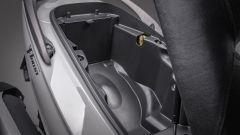 Kymco X-Town 300i ABS 2021: particolare del vano sottosella