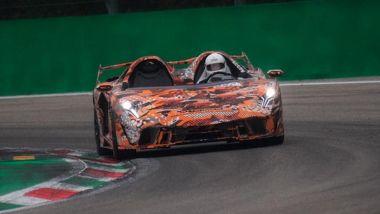 La barchetta Lamborghini in pista