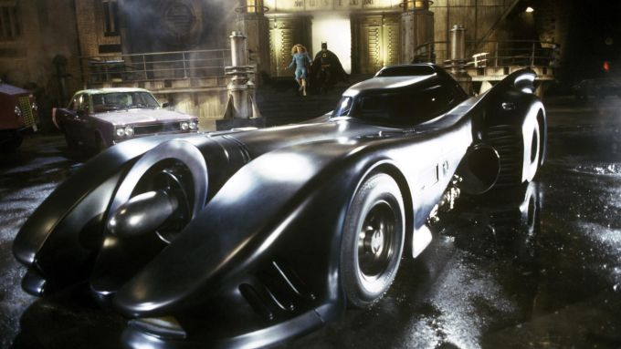 La Batmobile del primo film di Batman