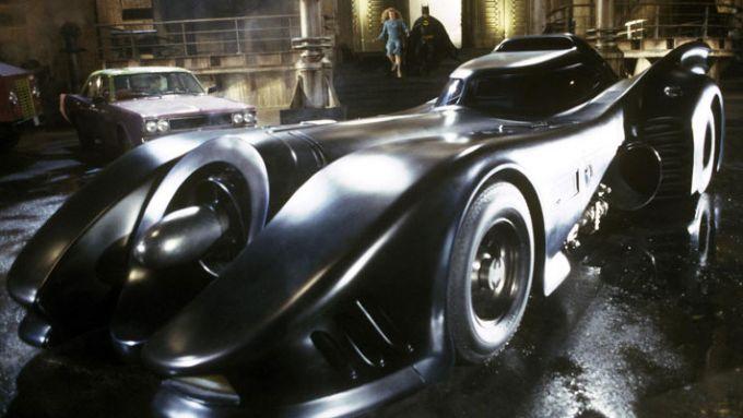 La Batmobile del primo film di Tim Burton