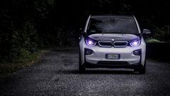 La BMW i3 in una scena di Hundred to go