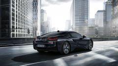 La BMW i8 Protonic Dark Silver Edition sarà in produzione fino ai primi mesi del 2017
