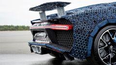La Bugatti Chiron di Lego: dettaglio dell'ala ad angolo variabile