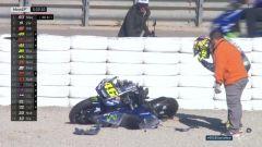 La caduta di Valentino Rossi nei test di Valencia