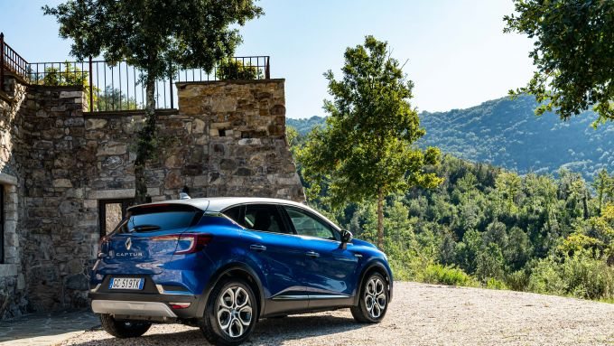 La Captur Plug-in Hybrid all'Eremito
