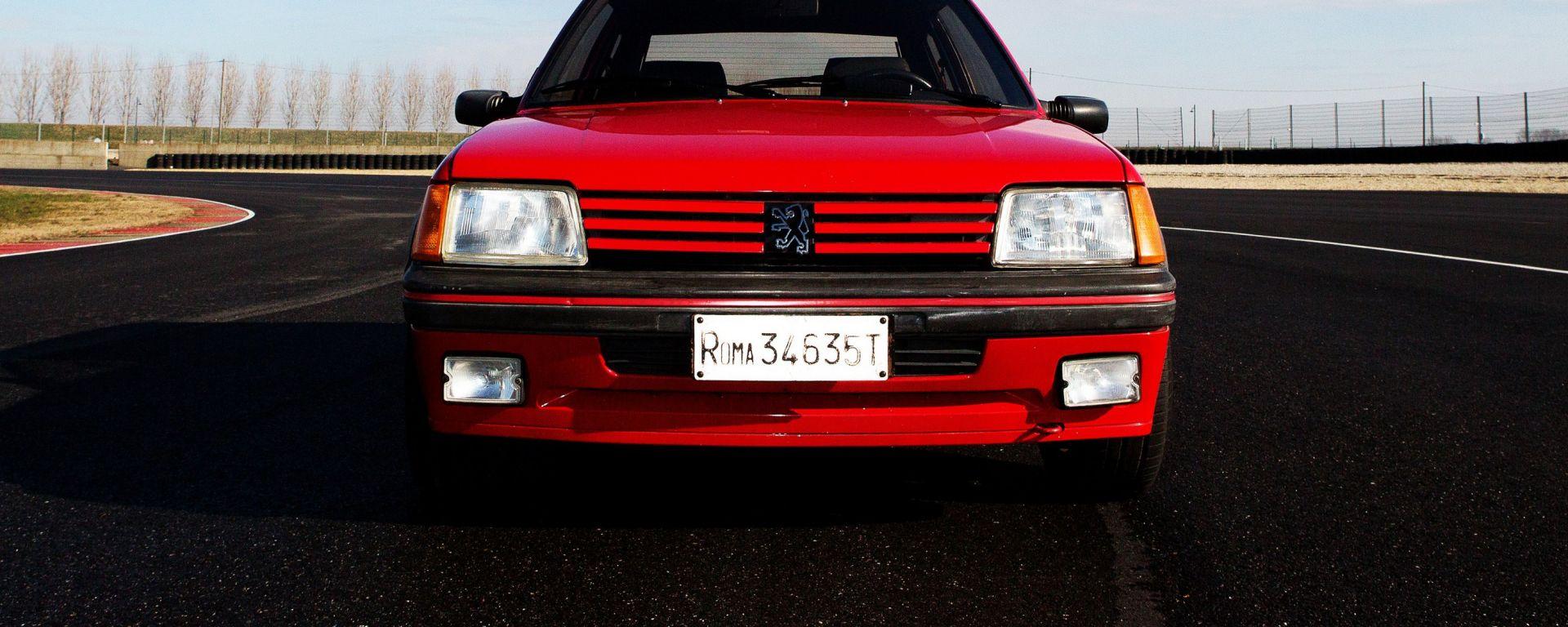 La Carta d'identità della Peugeot 205 GTI