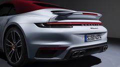 La coda di Porsche 911 Turbo S 2020 Cabriolet