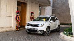 La Dacia Duster 4x4 con le guardie svizzere