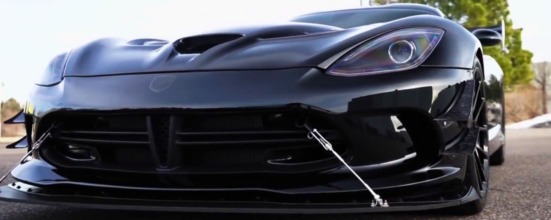 La Dodge Viper Gen V by Calvo Motorsports, dettaglio dello splitter frontale - dal video di TRC