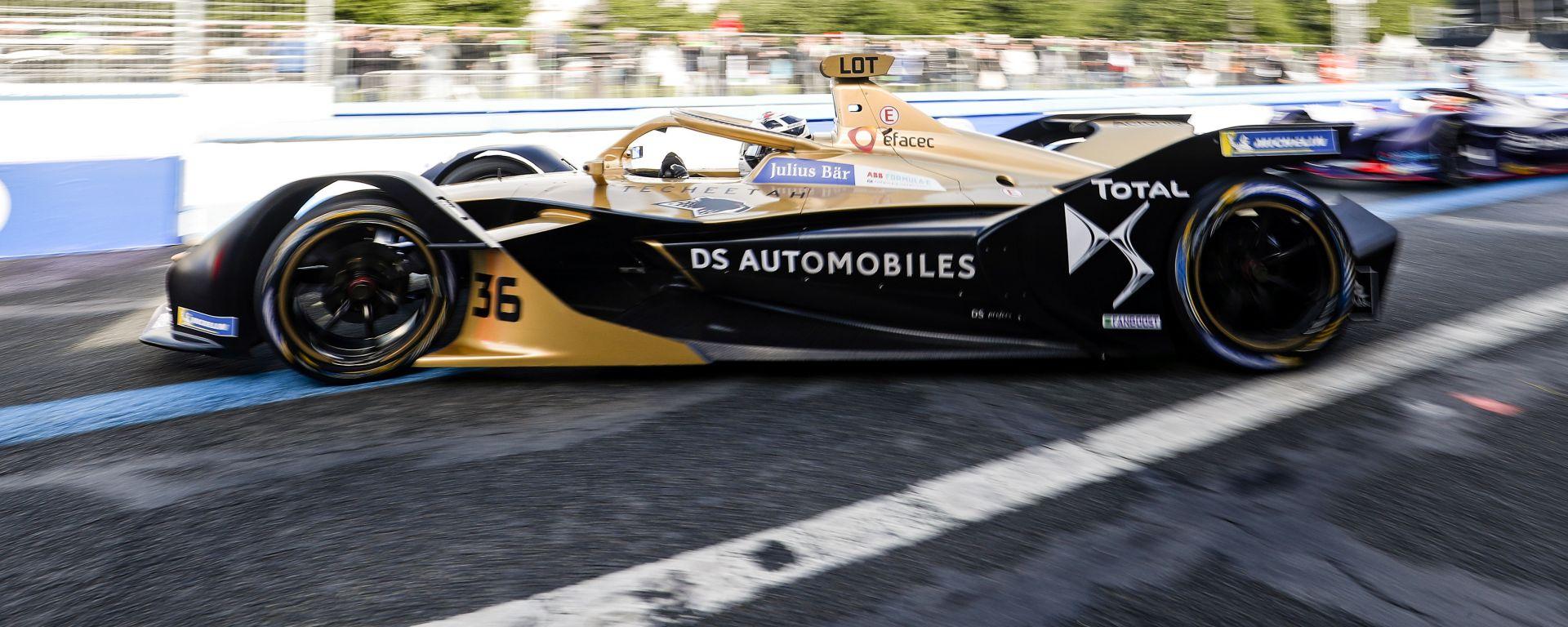 La DS Techeetah di André Lotterer durante l'ePrix di Parigi