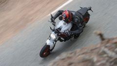 La Ducati Monster 797 diverte e non impegna troppo alla guida
