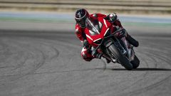 La Ducati Panigale Superleggera V4 in azione in pista