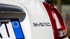 La famiglia 500 Hey Google: etichetta Hybrid di 500