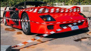 La Ferrari F40 che ha preso fuoco nel Principato di Monaco