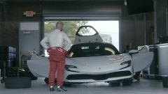 La Ferrari SF90 Stradale Assetto Fiorano viene preparata per il record a Indianapolis