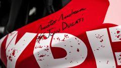 La firma del designer Andrea Amato sulla Hypermotard 950 del concorso Join Ducati