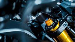 La forcella Kayaba regolabile presente sulla Yamaha MT-09 SP