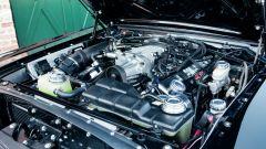 La Ford Mustang Fastback 1965 custom: il motore V8