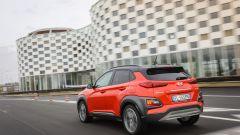 La Hyundai Kona è il solo SUV tra le rivali della Jeep Renegade ad essere offerto anche con motore elettrico