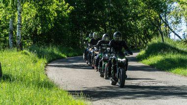 La Kawasaki Z650 seguita dalle sue rivali