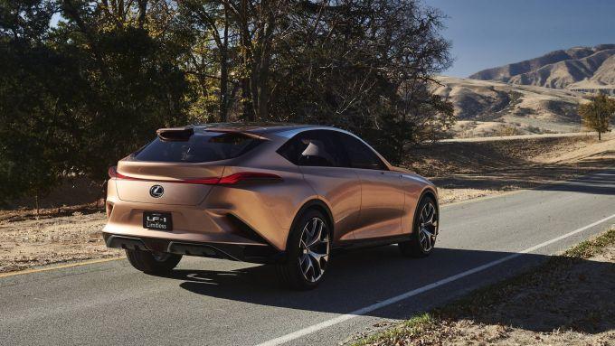 La LF-1 Limitless Concept è la progenitrice di Lexus LQ?