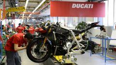 La linea di produzione di Ducati a Borgo Panigale, Bologna
