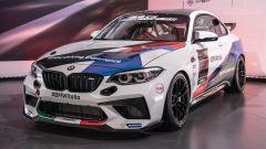 La macchina che parteciperà alla BMW M2 Racing Cup Italy 2021: vista 3/4 anteriore
