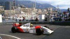 La McLaren MP4/8 di Senna è stata messa all'asta e assegnata a Bernie Ecclestone