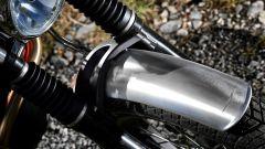 La Moto Guzzi Stornello ha parafanghi in alluminio