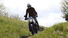La Moto Guzzi Stornello si presta bene anche all'offroad leggero