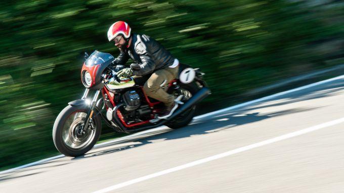 La Moto Guzzi V7 Racer 10° Anniversario non verrà commercializzata in Italia