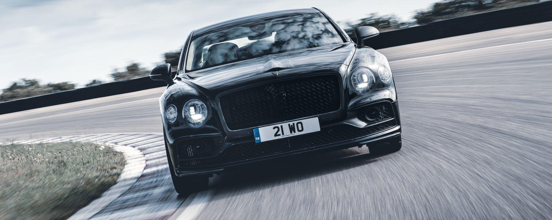 La nuova Bentley Flying Spur, una berlina prestazionale