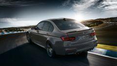 La nuova BMW M3 CS: vista 3/4 posteriore